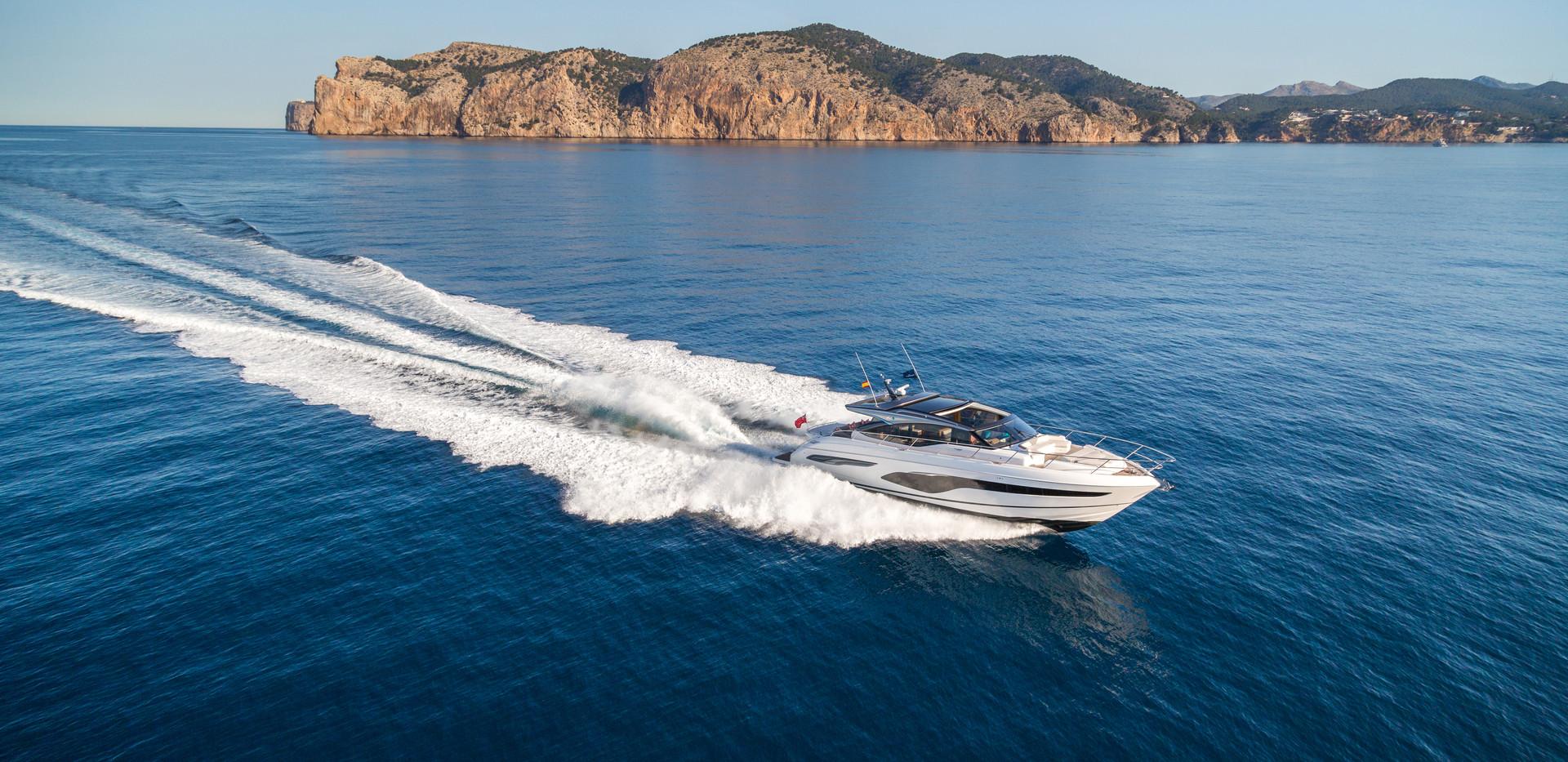 v65-exterior-white-hull-1.jpg