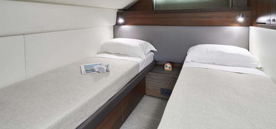 y78-interior-crew-cabin-walnut-satin.jpg