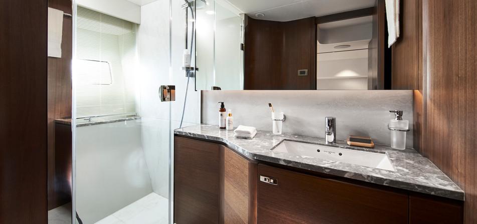 y85-interior-port-cabin-bathroom-walnut-