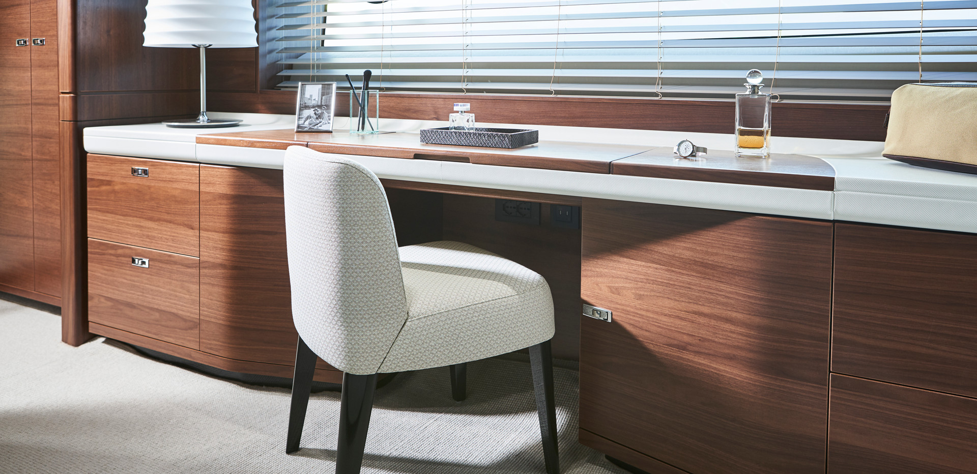y78-interior-owners-dressing-table-walnu