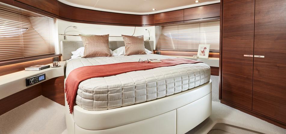 f70-interior-forward-cabin.jpg