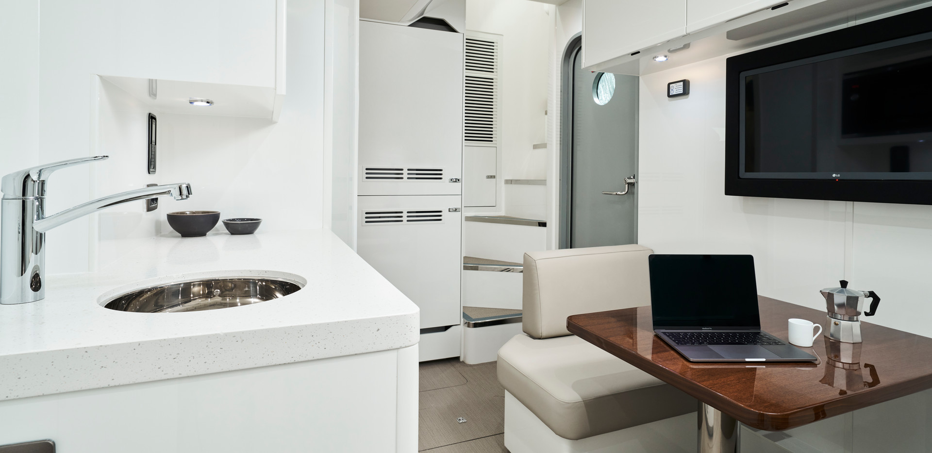 x95-slot-2-interior-crew-galley-1.jpg