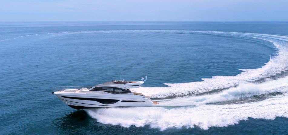 s66-exterior-white-hull-04 2.jpg