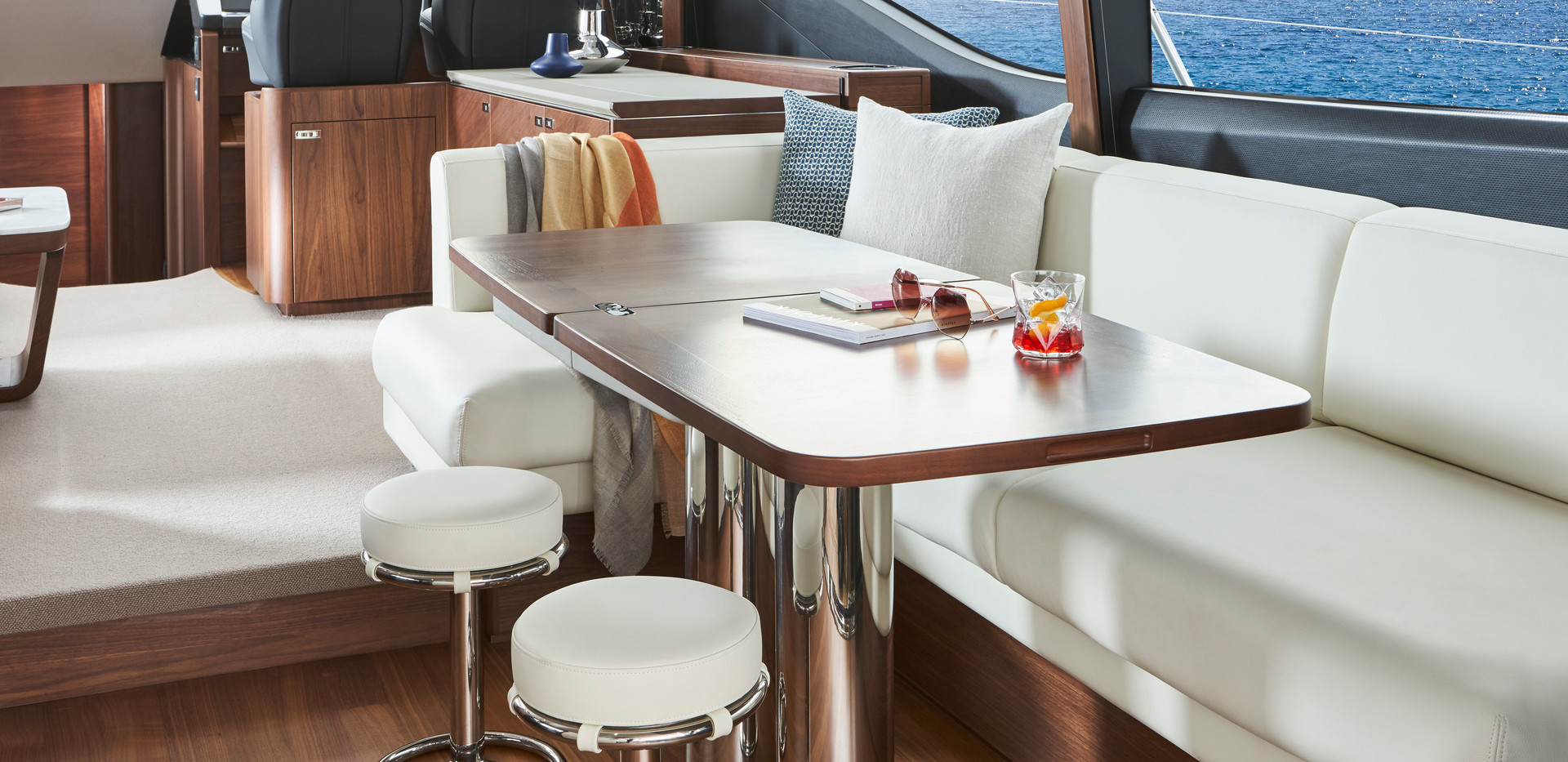 s66-dinette-stools.jpg