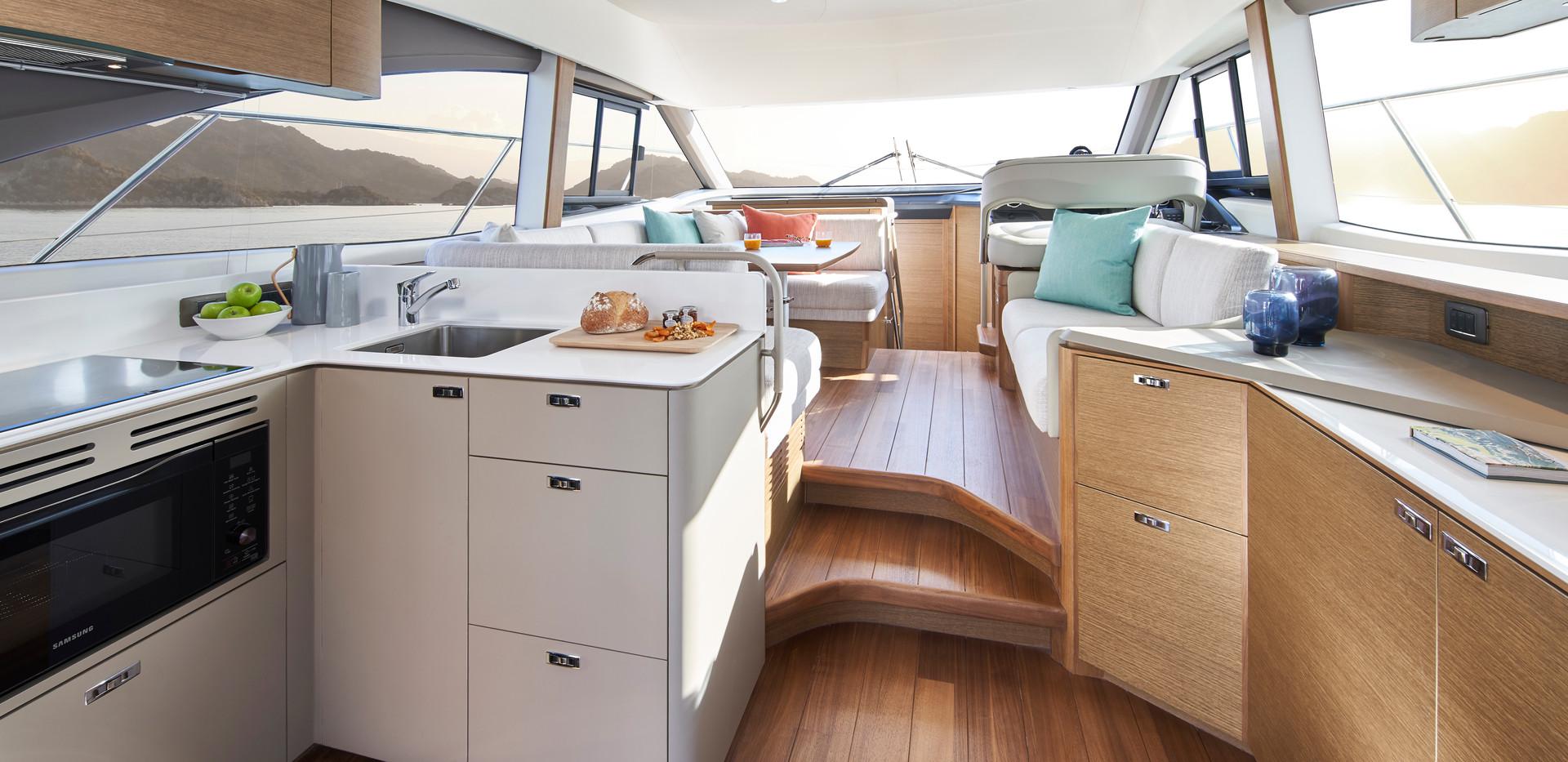 f45-interior-saloon-rovere-oak-satin.jpg