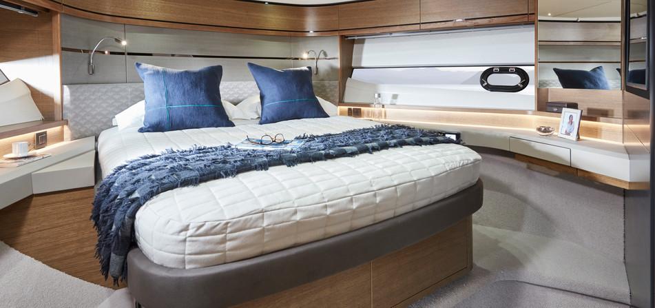 v65-interior-forward-cabin.jpg