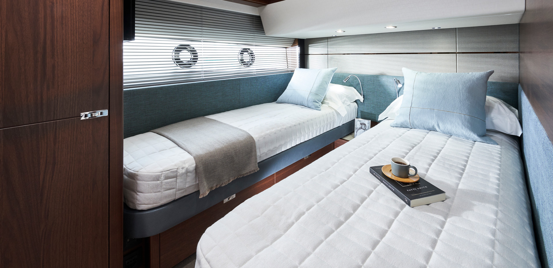 s66-interior-starboard-guest-cabin-walnu