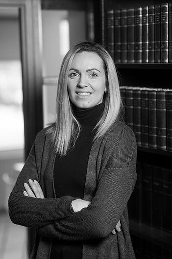 Vala Ólafsdóttir, skrifstofustjóri- Lausnir lögmannstofa