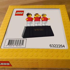 Gratis Minifiguren 6322264 - LEGO 10272 Old Trafford – Manchester United auch in Deutschland ;-)