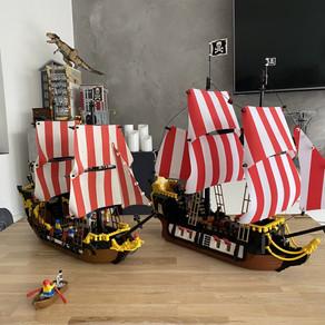 LEGO IDEAS 21322 Piraten der Barracuda-Bucht im Review - Das Schiff im vergleich mit 6285