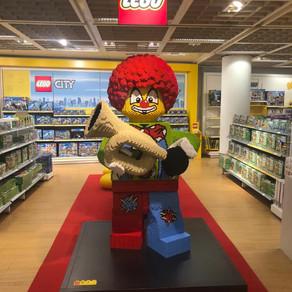 Heute im Kölner LEGO Store und Galeria unterwegs! Asia Sets ;-)