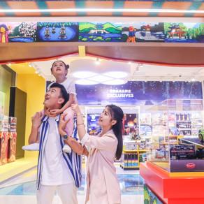 Neuer LEGO® Flagship Store in Hangzhou eröffnet Feierliches lokales Kulturerbe und kreatives Spiel