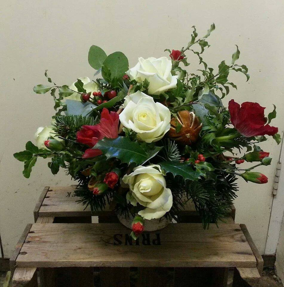 Festive Table Vase Arrangements