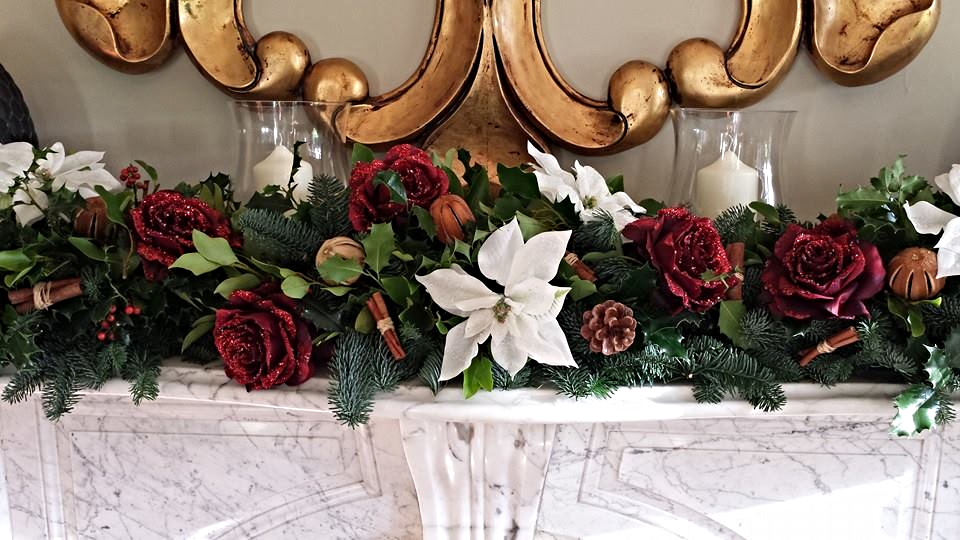 Festive Garland Arrangements