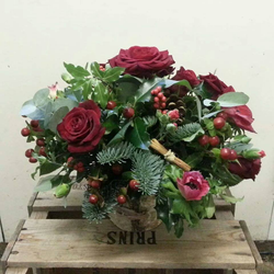 Festive Table Vase Arrangements