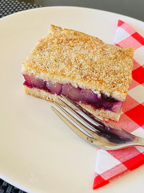 Apple and cherry slice