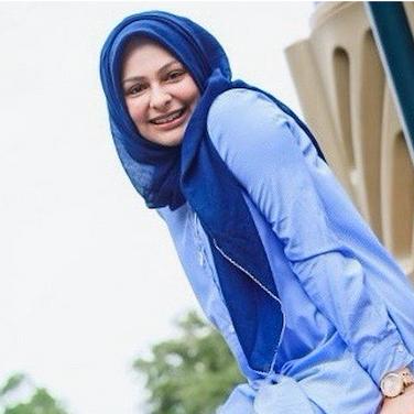 Safiya Dewji | Designer