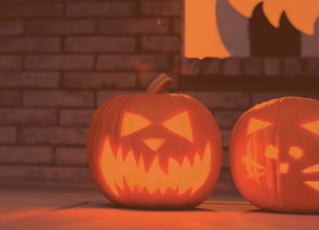 Enter our Fall & Halloween Decorating Contest!