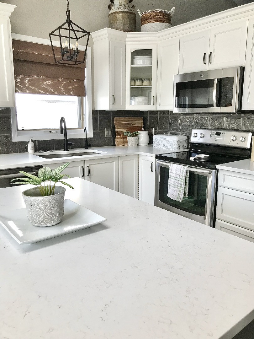 Modern Farmhouse Kitchen Makeover | Repainted Cabinets