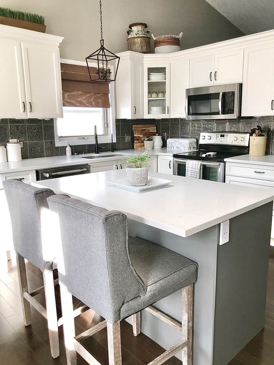 Modern Farmhouse Kitchen Makeover | Repainted White Cabinets with White Countertops