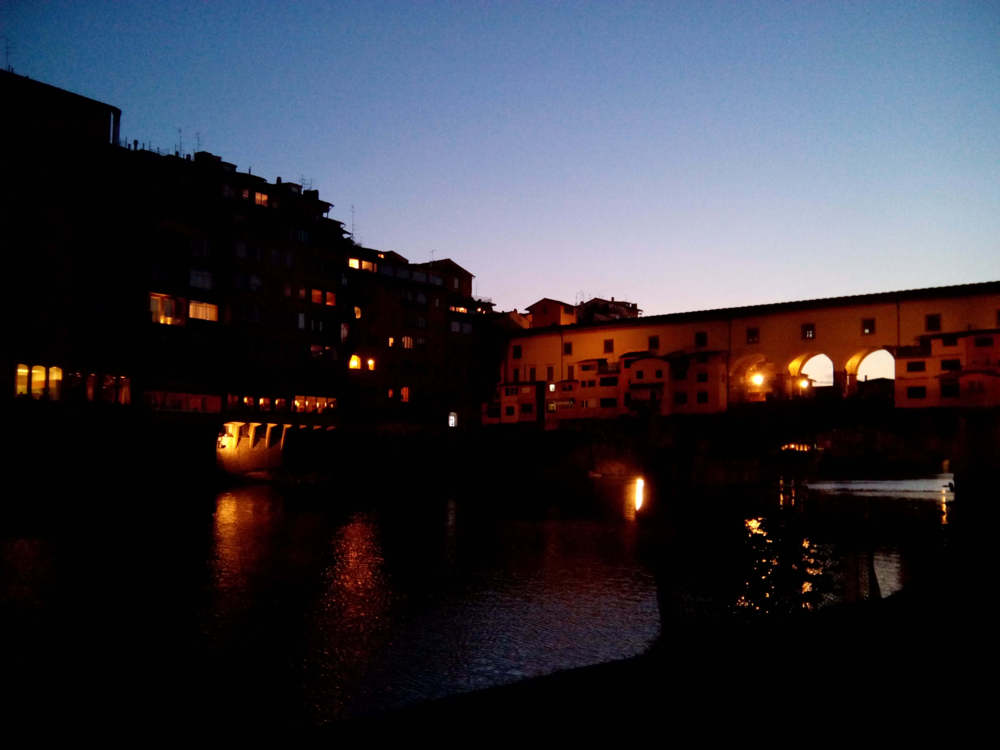 Florence: Ponte Vecchio by night