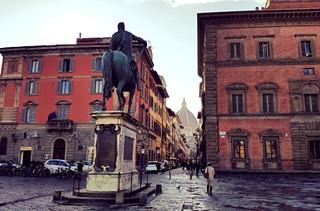 Памятник Фердинанду Медичи. Флоренция.jpg