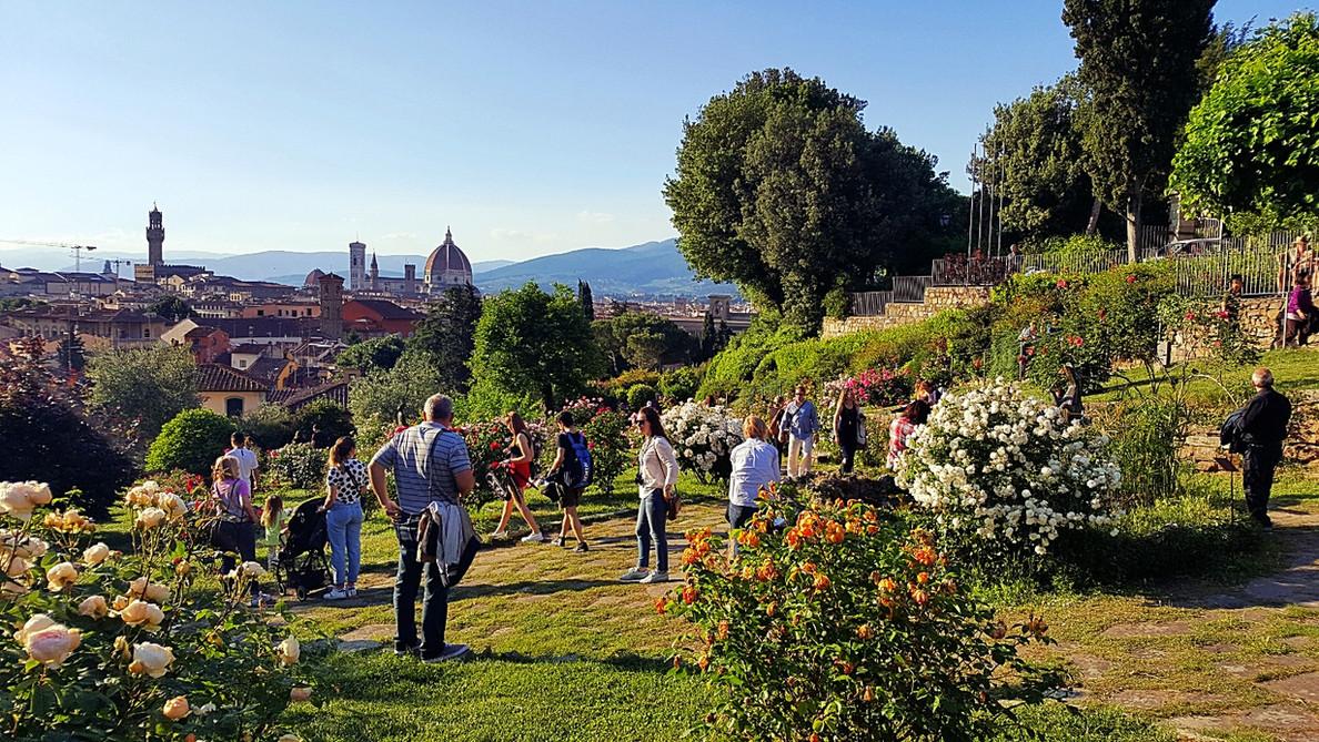 Вид на купол Брунеллески. Флоренция.jpg
