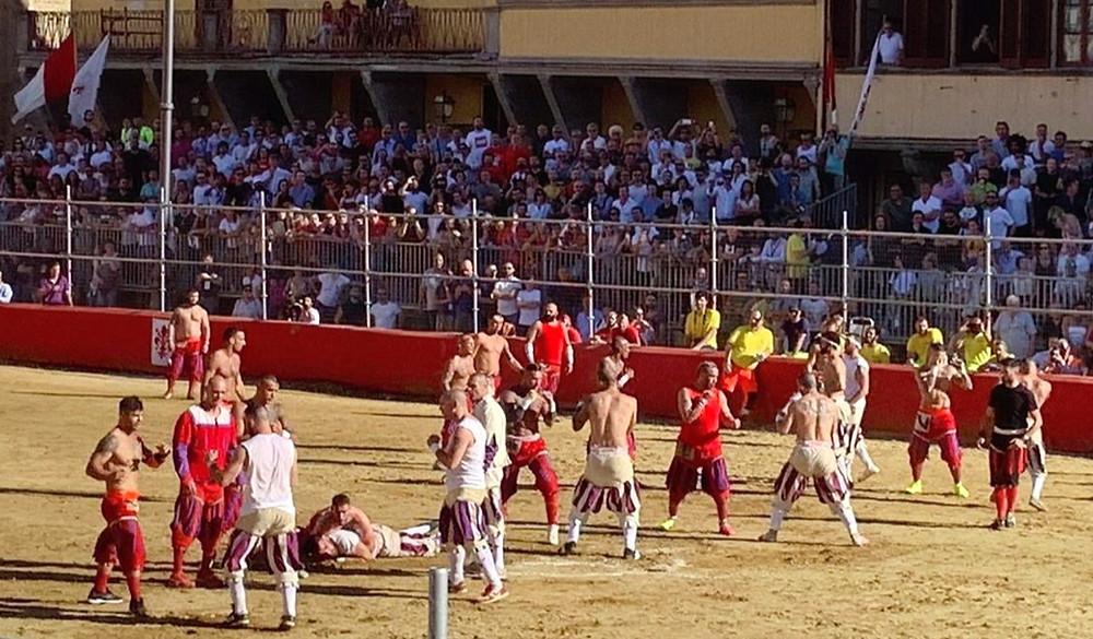 Исторический футбол во Флоренции