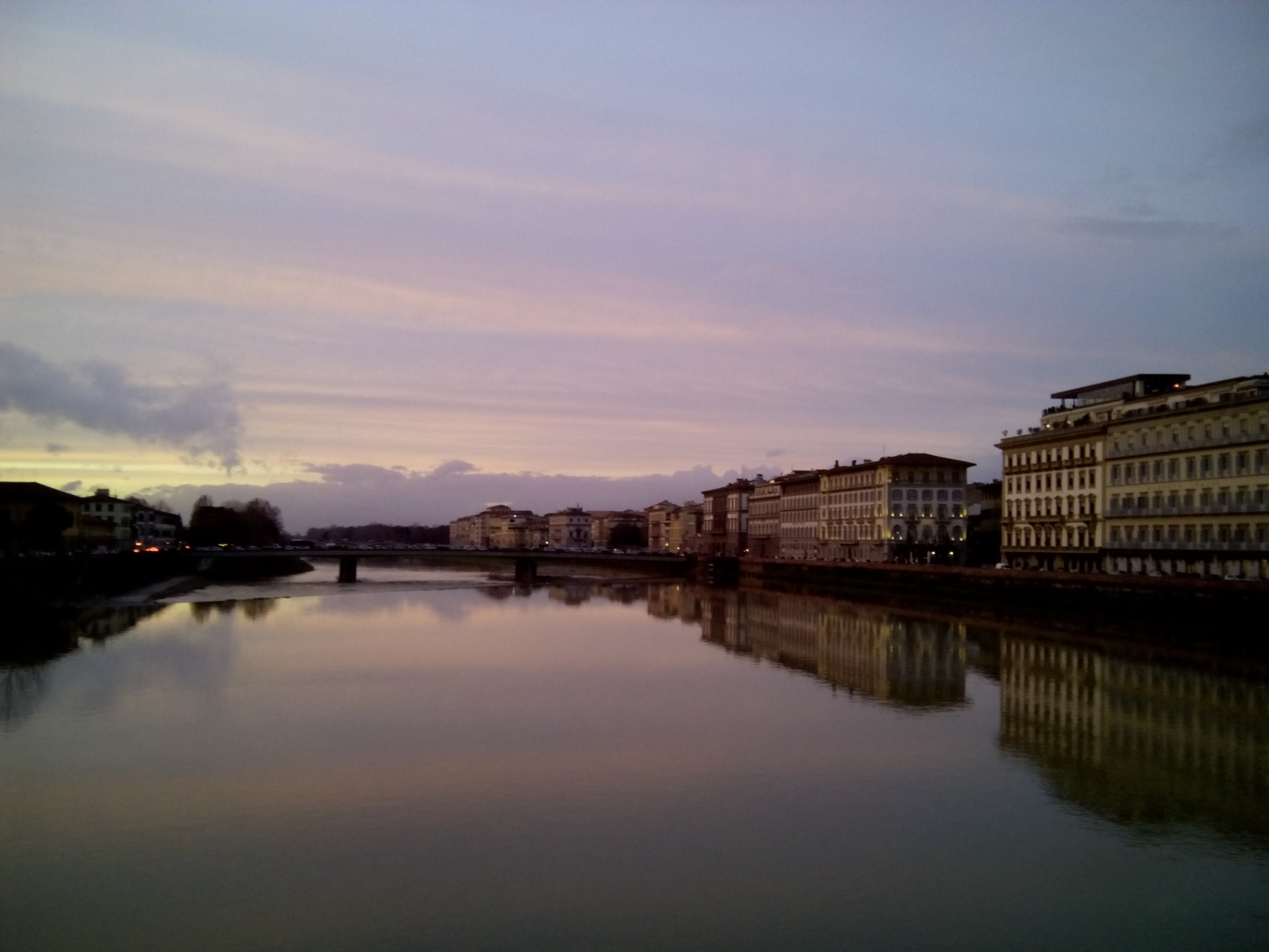 Florence: Arno at  the sunset