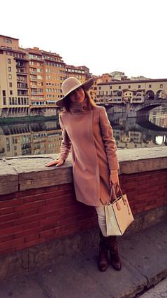 Вид на старый мост. Флоренция.jpg