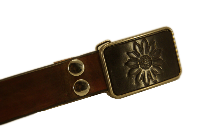 sunflower buckle w/brown snap belt