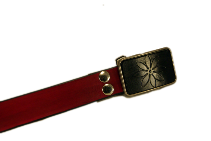 flower buckle 2 w/red snap belt