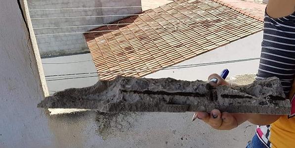 Destacamento do concreto.