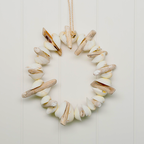 DRIFTWOOD & SHELL WREATH