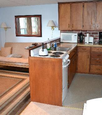 efficiency-apartment.jpg