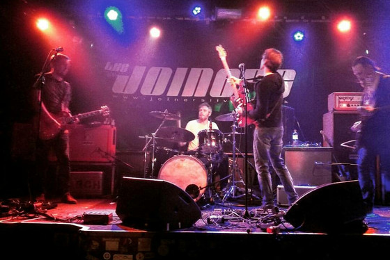 LIVE: Southampton Joiners w/ The Early November