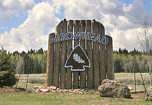07-05_arrowheadsign_s.jpg