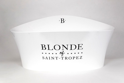 Vasque Blonde of Saint-Tropez
