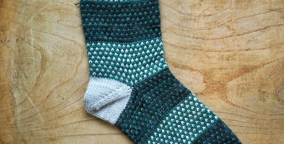 iro iro socks kit [yucca×mominoki yarn]