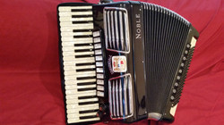 Noble professional concert accordion. Free Bass-Converter.jpg