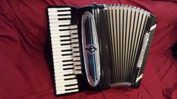 Giulietti semi professional accordion.jpg