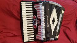 La Burdina student accordion.jpg