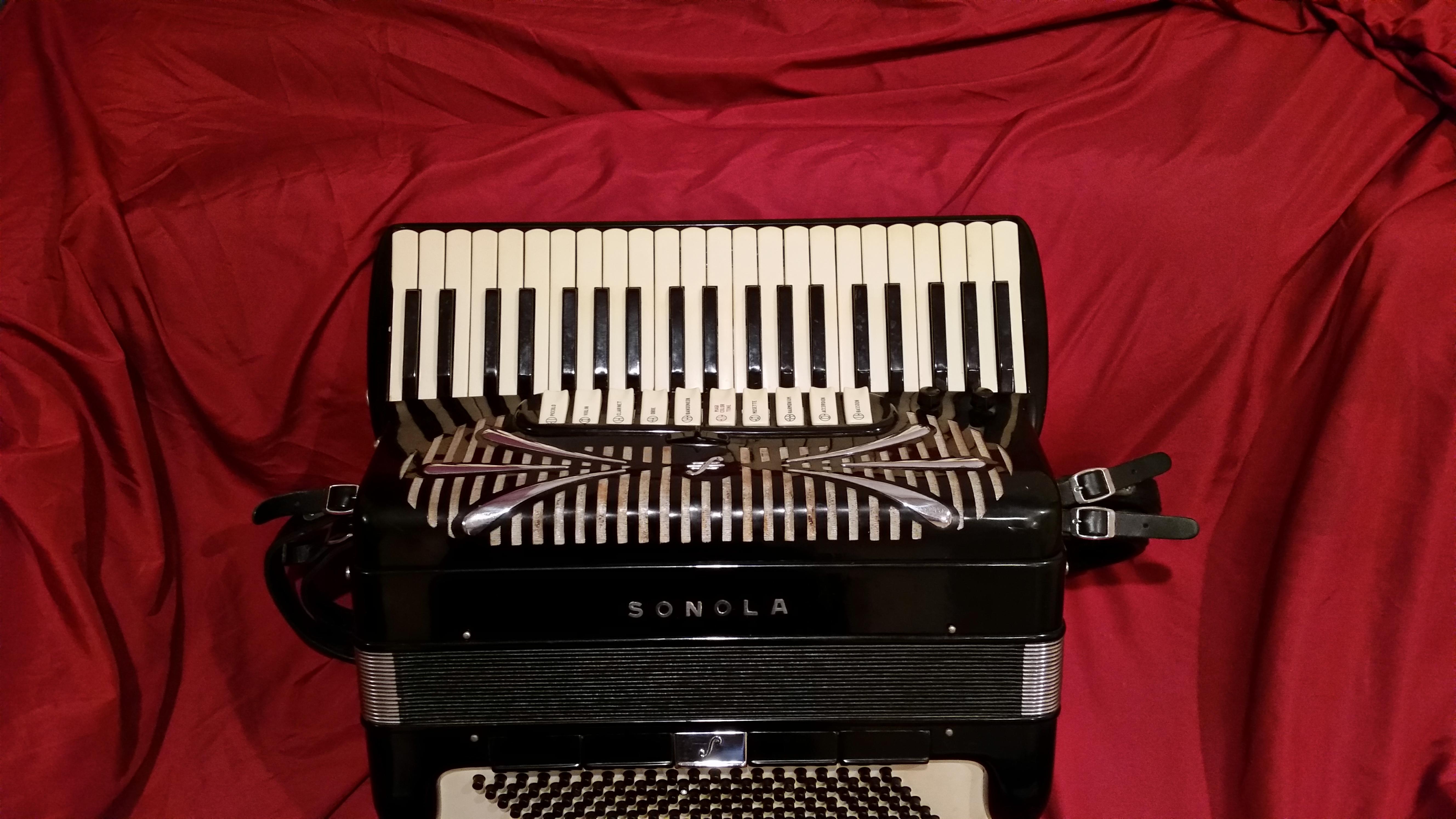 Sonola A 20 professional grade accordion..jpg