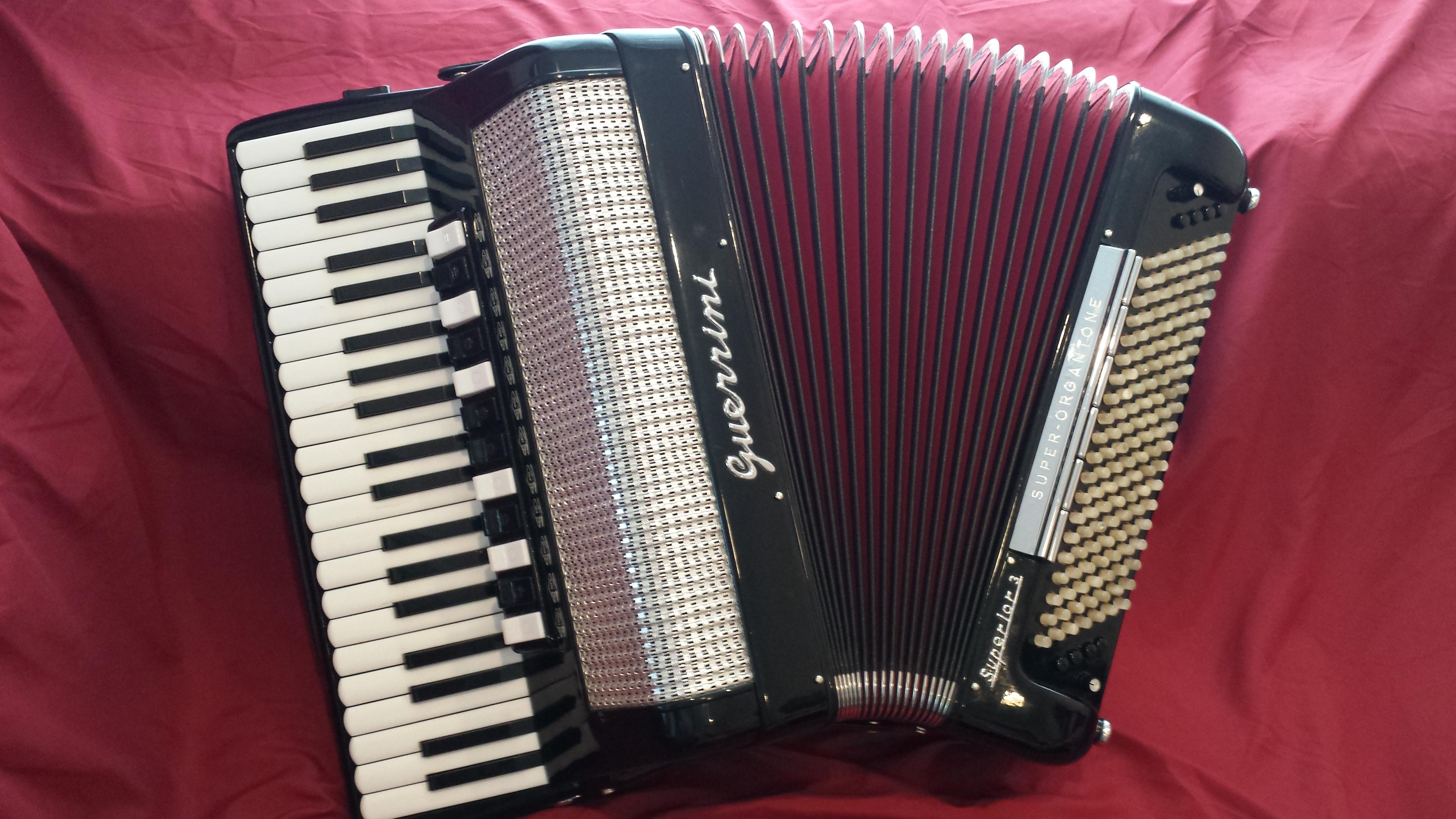 Guerrini Superior 3. Professional grade accordion. 1972 model.jpg