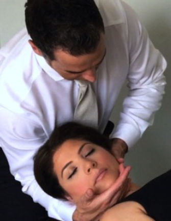 Dr Damon Bescia DPT of Naperville Manual Physical Therapy - Dr. Damon Bechaz DPT