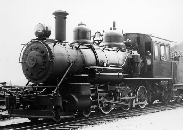Tweetsie Railroad Engine No. 12.jpg