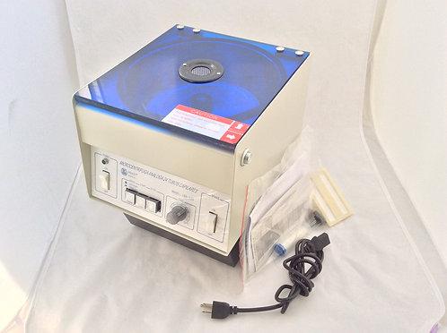 Centrifuga (Microhematocritos) Elect. Sh-120 Análoga