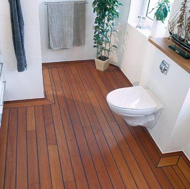 Trægulv på toilet.JPG