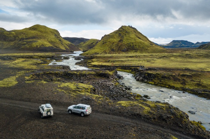 4x4 campers in the Highlands of Iceland