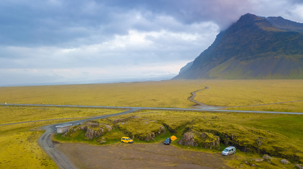 The view on the gravel roads where you will need a 4x4 in Iceland